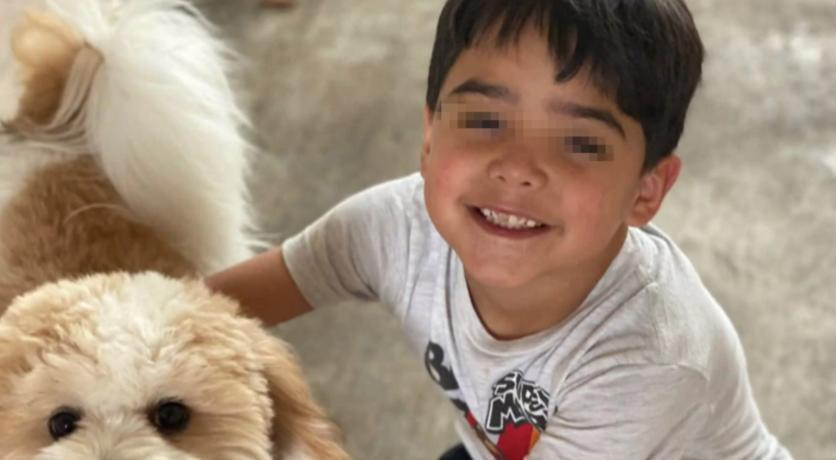 Muere niño tras jugar con agua potable y contraerameba comecerebros