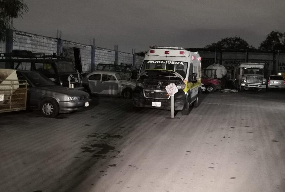 Hallan a un hombre muerto dentro de camión de valores en taller de San Nicolás