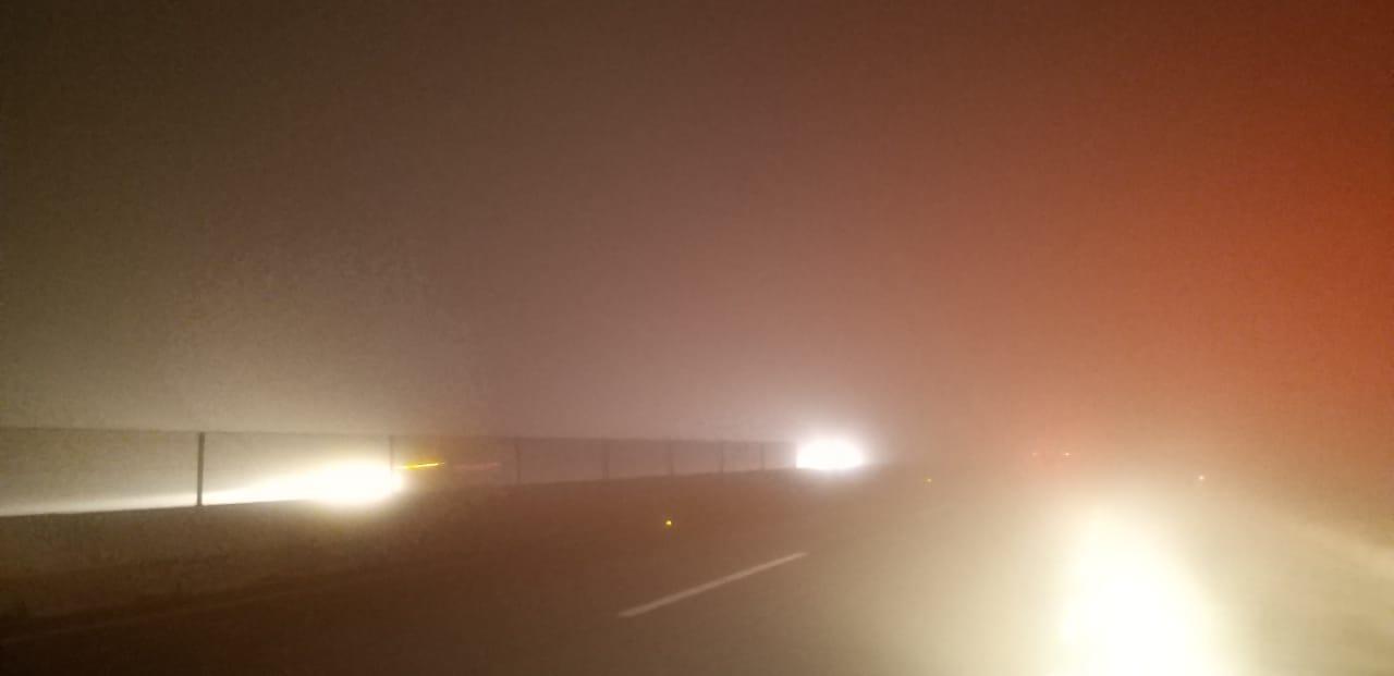 Cierran autopista Saltillo-Monterrey por bancos de niebla