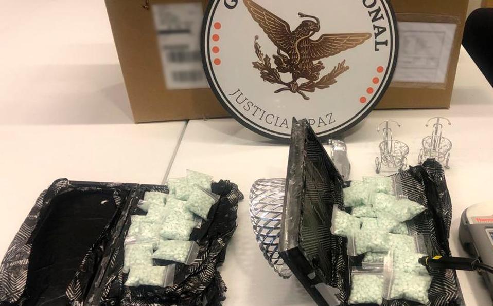 Hallan más de 7 mil pastillas de fentanilo en regalos de boda