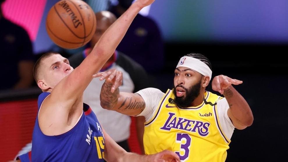 Lakers toman ventaja
