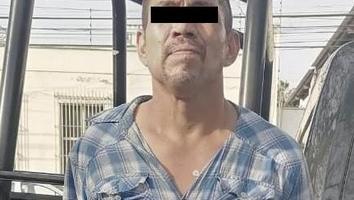 Detienen a un hombre cuando robaba computadora de una casa en el Centro