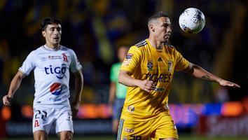 Jesús Dueñas durante el partido de Tigres ante Alianza