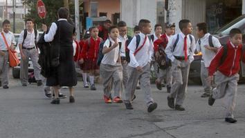 Regresarán más de 25 millones de alumnos a clases este lunes