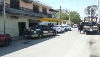Hombres armados asaltan bodega de alimentos y se llevan 180 mil pesos