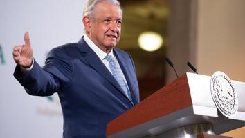 Gobierno federal ya presentó propuesta de programa de Bienestar en Aguililla: AMLO
