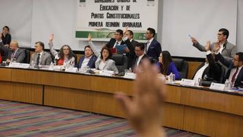 En comisiones, diputados aprueban reforma educativa