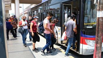 Exhiben transportistas mala gestión de Jaime Rodríguez