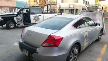Aseguran auto a joven con 60 mil pesos en efectivo en la colonia Moderna
