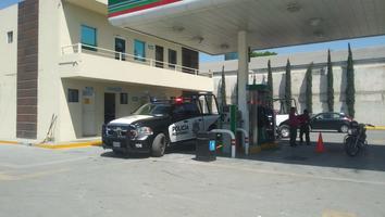 Asaltan gasolinera en la colonia Regina y se apoderan de 6 mil 300 pesos