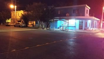 Atacan a balazos casa en Salinas Victoria