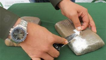 Detienen a presuntos vendedores de droga