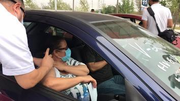 Empieza vacunación anticovid en drive thru de Guadalupe