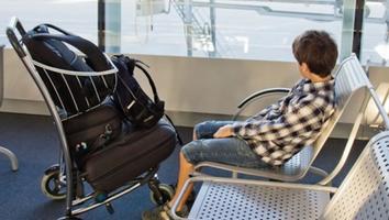 Migración facilita viajes de menores de edad