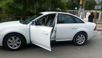 Automóvil asegurado por elementos de la Procuraduría General de Justicia del Estado.