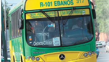 Suben a 17 pesos tarifas del transporte suburbano; gobierno lo niega