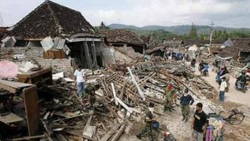 Más de 45 mil personas han sido desplazadas tras sismo en Indonesia