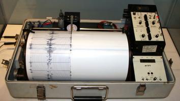 Alerta de tsunami por sismo de 6.9 grados Richter en Fukushima
