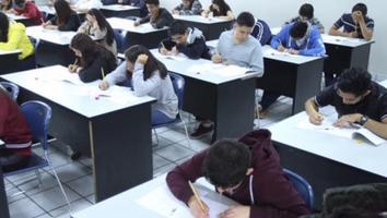 Gobierno Federal becará a estudiantes de preparatoria