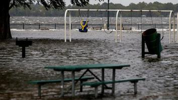 Huracán 'Florence' toca tierra en Carolina del Norte