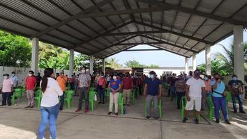 Inicia proceso de vacunación para personas mayores de 18 años en Veracruz