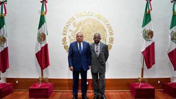 Entablan México y Haití mesa de diálogo para temas de migración