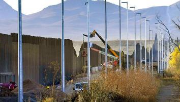 Sheriffs en EU piden a Biden retomar construcción del muro para frenar migración