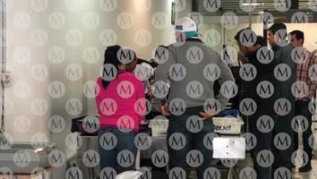 Hacen revisión especial a pasajeros que comparten vuelo con AMLO a Sinaloa
