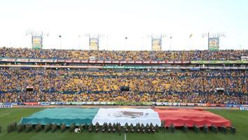 Promete Samuel García nuevo estadio para los Tigres de la UANL