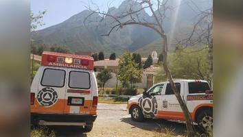 Protección Civil se moviliza para rescatar a un hombre atrapado en el Cerro de Las Mitras