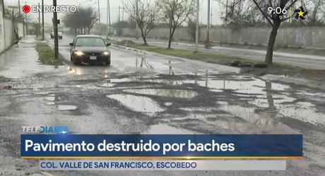 Baches dejan calles intransitables en la colonia Villas de San Francisco